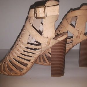 726704d48b7 BAMBOO Shoes - BAMBOO - FAITH-13S Gladiator Sandals NWOT